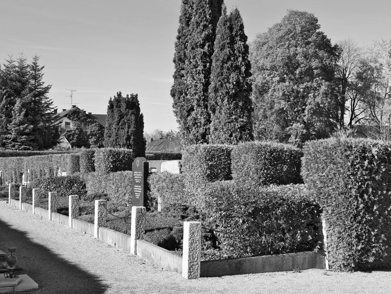 KZ-Grabstätte auf dem KZ-Friedhof Wörishofen.