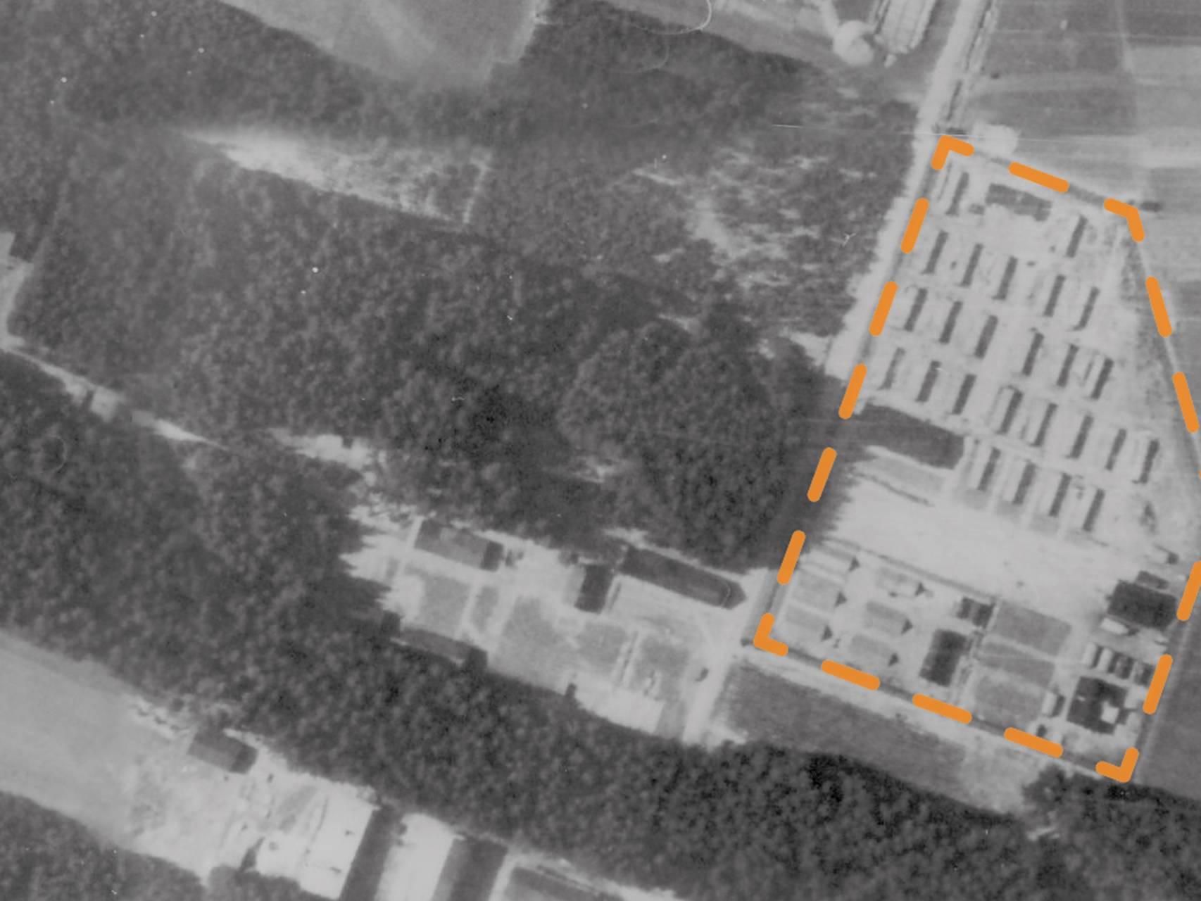 Luftbildaufnahme des KZ-Lagers Kaufering VI.