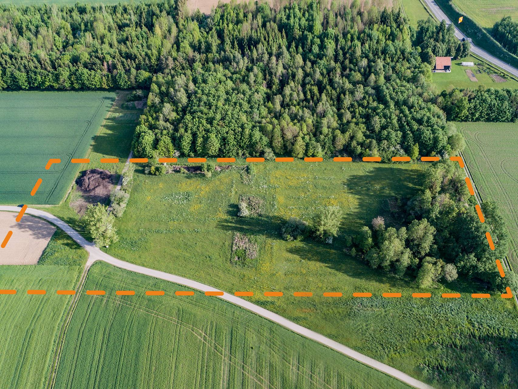 Luftbildaufnahme des ehemaligen Geländes des KZ-Lagers Kaufering XI.