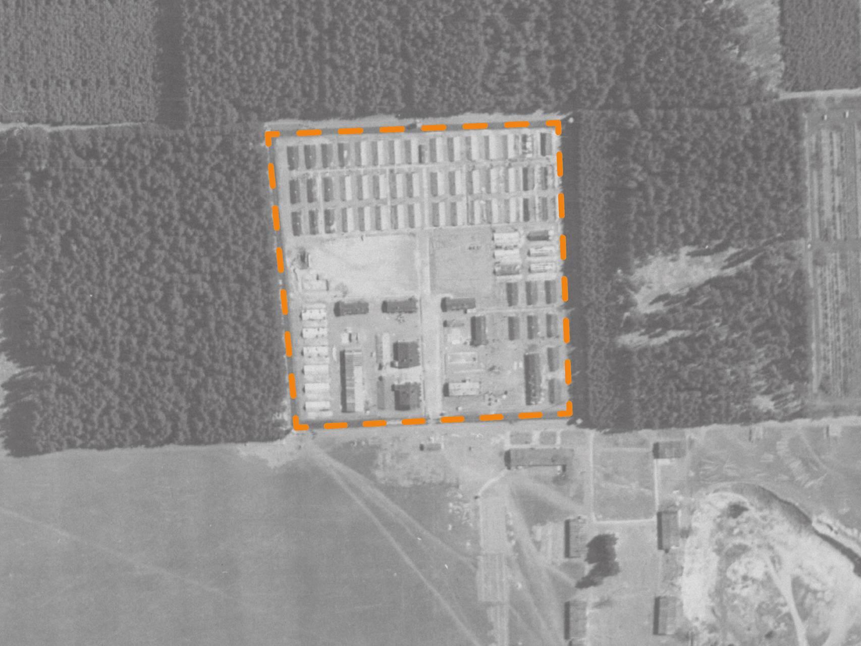 Luftbildaufnahme des KZ-Lagers Kaufering II.